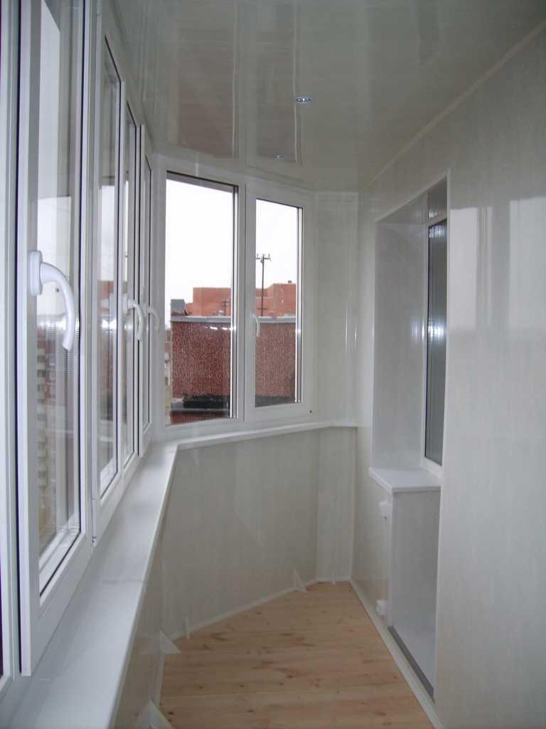 Чем отделать лоджию внутри - всё о балконе.